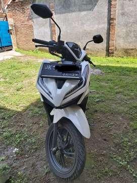 Vario 150 cc, plat DK