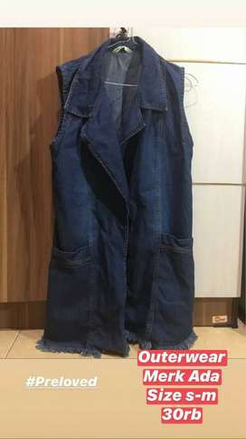 Preloved Outer jeans merk ADA