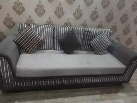 5 seater beautiful Sofa set
