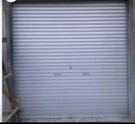 Specialist roling door