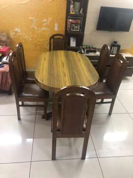 High Quality Wooden Dining Table - 6 Chairs