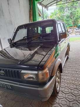 Mobil kijang grand 1994
