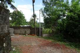 14 cent prime residential land for sale kalamassery near cusat