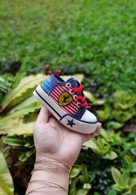 Sepatu anak.balita model sneaker ferari