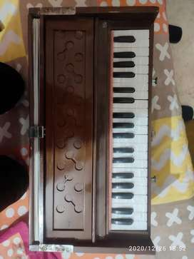 Harmonium in good condition