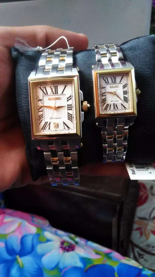 Watches for newly couple pair 0
