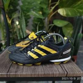 Sepatu Bola Adidas Predator Absolion X