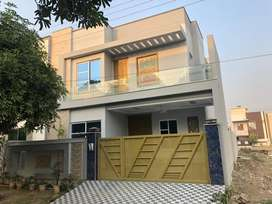 Wapda city, 10Marla newly built upper portion available  for rent