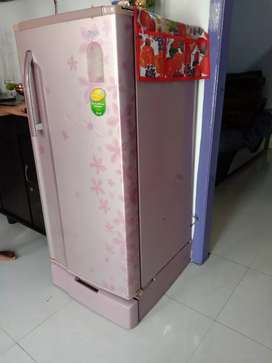 LG 5 star pink color fridge