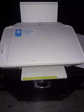 HP DeskJet 2132 printer 2in1