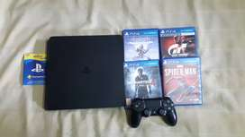 Sony Ps4 (play station 4 ) with ps plus card