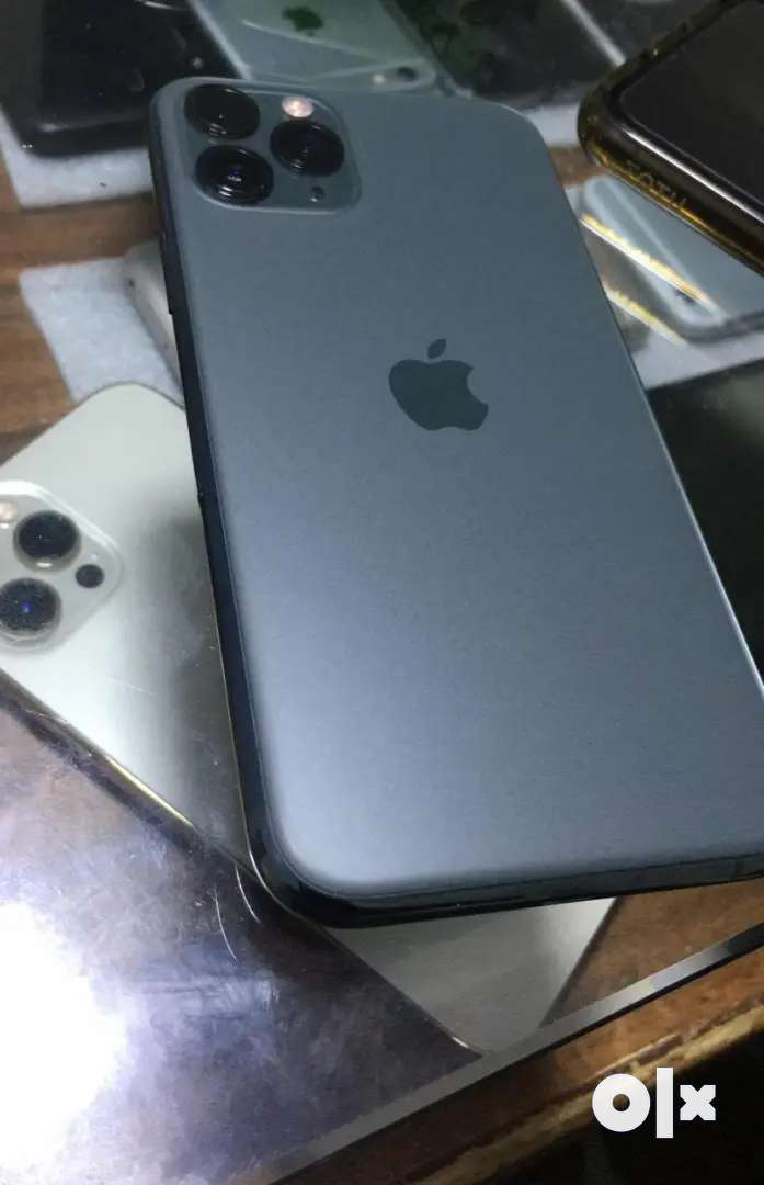 Apple iPhone amezing models available with bill box just call me now
