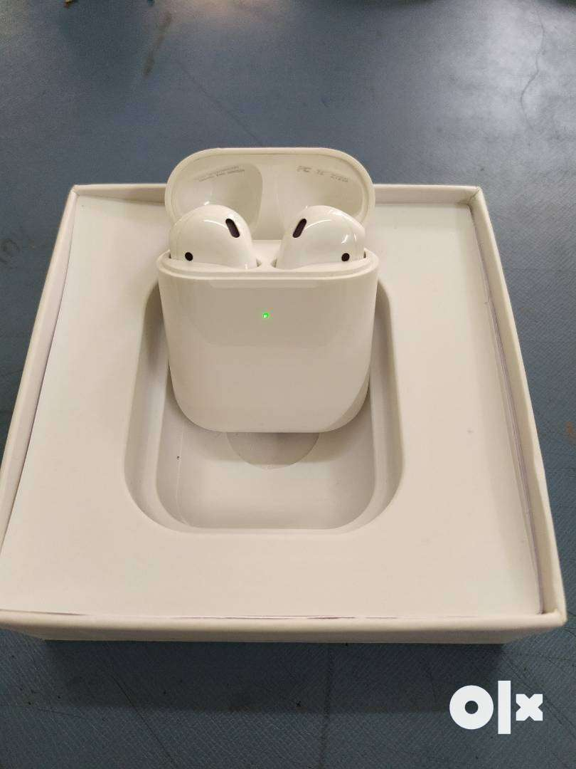 Apple AirPods for sale 0