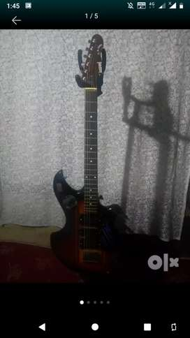 Givson Electric Guitar 1months old