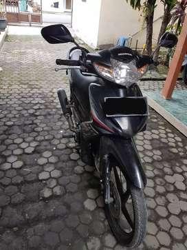 Honda absolute revo cw 2010