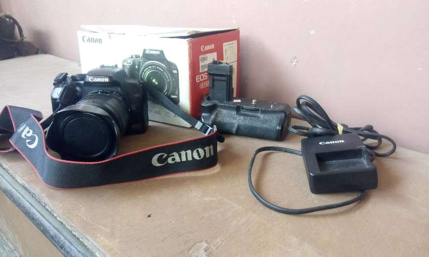 Canon 1000d lensa kit (kamera kesayangan LENGKAP) 0