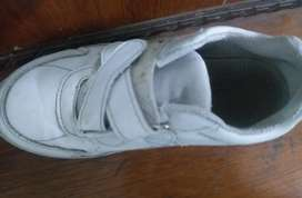 Shoes unisex 6 to 7 years size