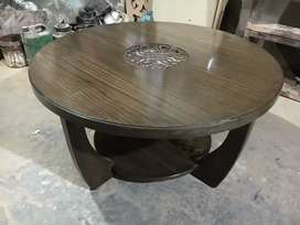 Centre coffee tables