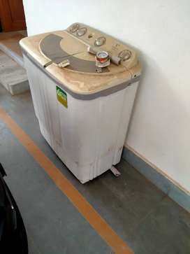 Washing machine at 2000