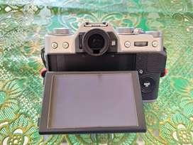 Kamera Fujifilm XT-20 + Kelengkapan