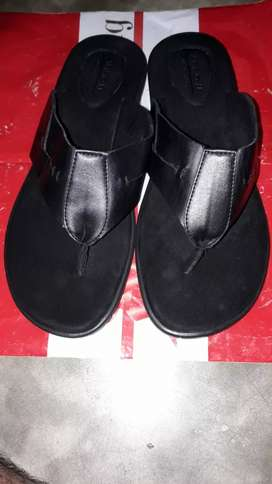 Brand new Arrow mens leather sandals  size 9