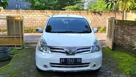 Grand Livina Putih 1.8 XV Ultimate