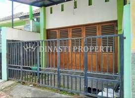 Rumah Toko Tengah Kota Dalem Beteng Kraton Patehan Dekat Alun Alun