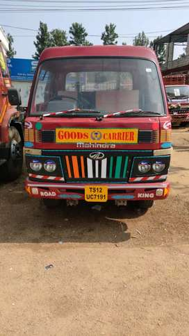 Mahindra zoom road king Tipper
