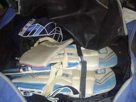 New condition CRICKET KIT!