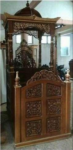 mimbarr masjid kayu jati ukir