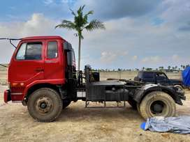 NISSAN PK 260 CT Tractor Head/Trailer (Truck Tractor Head)