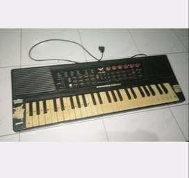 Piano keyboard little angel