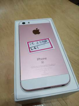 IPhone SE 32GB in very good condition