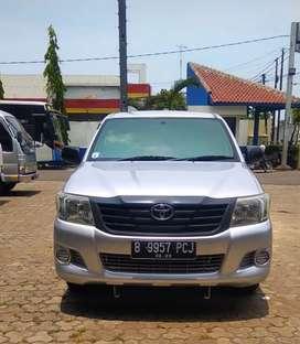 Hilux extra Cabin 4x2 turbo diesel ,AC ,power steering