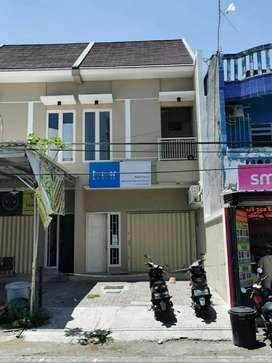 Dijual dan Disewakan Ruko Daerah Manyar 2 Lantai
