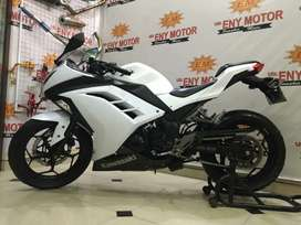 Loss riding Ninja fi 250cc putih - eny motor