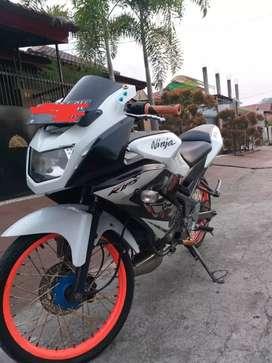 Jual motor kawasaki ninja rr (se) thn 2013 plat sumbar