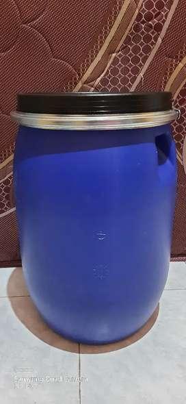 Drum plastik kecil