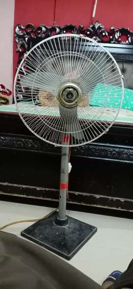 Soler 12 volt table fan new condtion