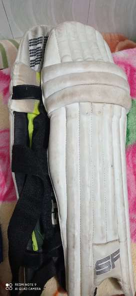 Leg guard. Sf batting pads