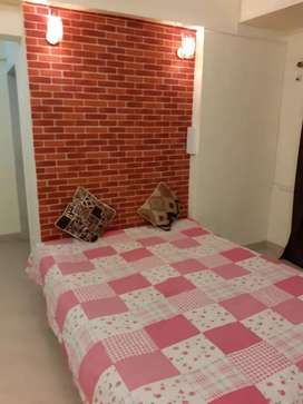 Available female paying guest at Dombivali west rent is 5 k.