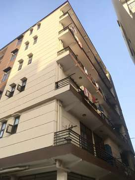 2 BHK semi furnished Just 7k