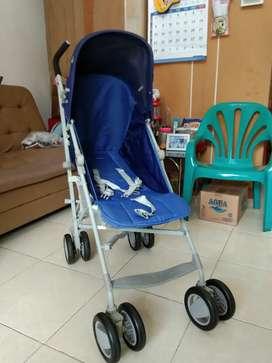 Kereta bayi / Baby stroller merk Chicco
