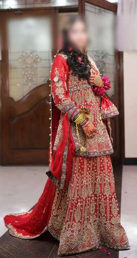 Bridal Shafoon Lehenga with long tail