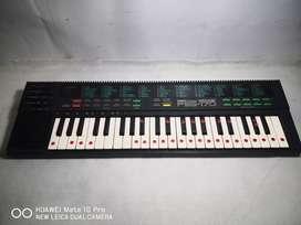 Keyboard yamaha pss
