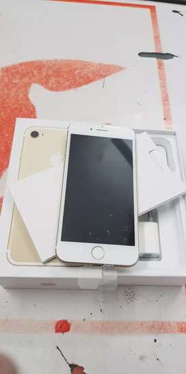 100% good condition ma iPhone 7 32gb and 128gb with bill 6month seller