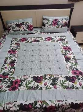 Beddings / Bed sheets on wholesale Price