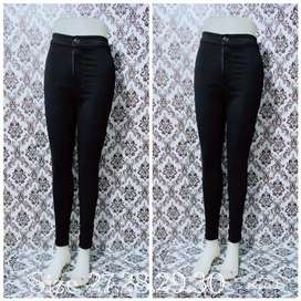 Celana jeans panjang wanita