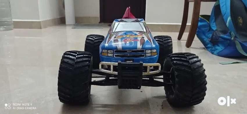 Thunder tiger mta4 s28 monster truck 0
