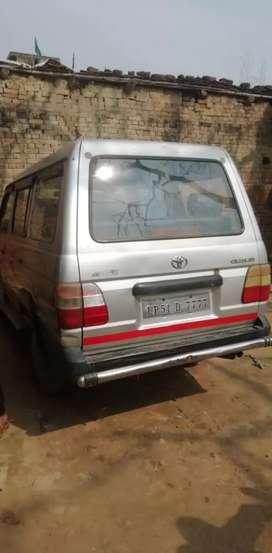 Toyota Qualis 2003 Diesel 183000 Km Driven